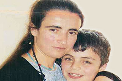 azad and mother2